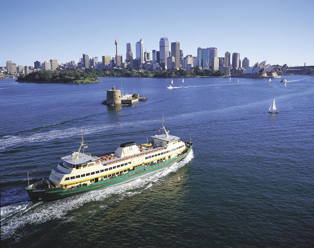 things to do in Manly, catch a Manly ferry